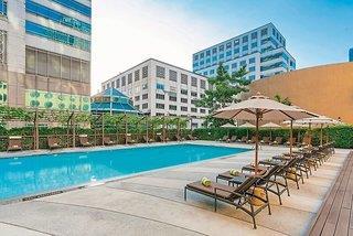 Hotel Holiday Inn Silom Bangkok 9841//.jpg