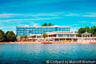 Hotel Courtyard by Marriott Bremen 9841//.jpg